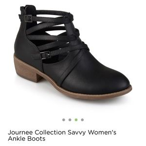 Journee Collection Ankle boots